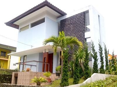 Villa Istana Bunga Blok J No. 4 Lembang